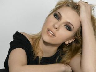 Scarlett-Johans1130-piacenza.jpg
