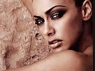 La-showgirl-Mel3040-piacenza.jpg