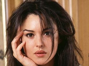 Monica-Bellucci6621-piacenza.jpg