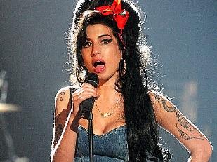 Amy-Winehouse-9488-piacenza.jpg