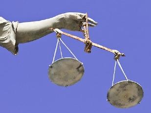Giustizia-Aume10364-piacenza.jpg