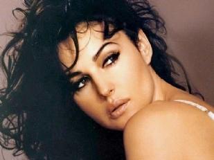 Monica-Bellucci9545-piacenza.jpg