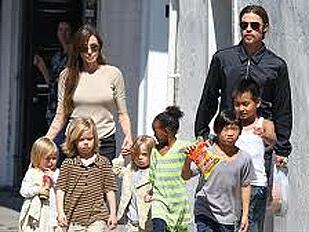 Brad-Pitt-e-Ang11011-piacenza.jpg