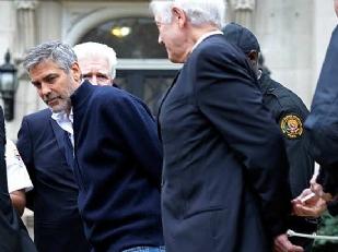 Clooney-arresta11024-piacenza.jpg
