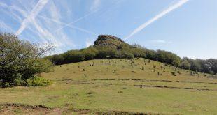 Escursione guidata sul Monte Lama. Tratto della storica via degli Abati