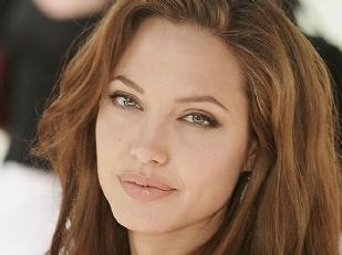 Angelina-Jolie13367-piacenza.jpg