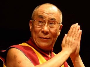 Dalai-Lama-Pen13509-piacenza.jpg