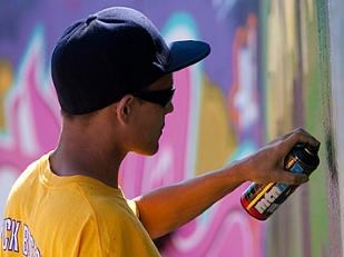 Graffiti-sulle-13854-piacenza.jpg