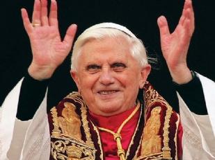 Papa-Ratzinger-12994-piacenza.jpg