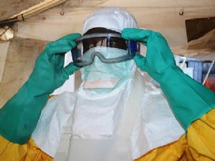 Ebola-Primo-co15446-piacenza.jpg