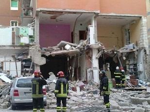 Foggia-Esplosi14848-piacenza.jpg