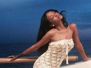 Rihanna-Sexy-b15198-piacenza.jpg