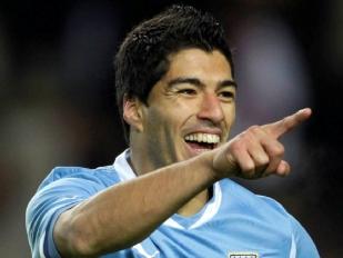 Uruguay-Suarez14703-piacenza.jpg