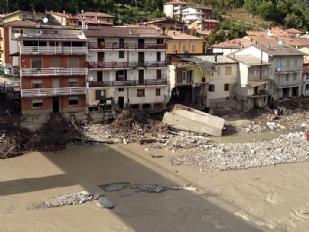 Alluvione-Come16737-piacenza.jpg