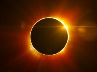 Eclissi-di-sole16156-piacenza.jpg