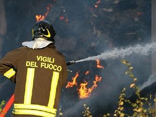 Incendio-al-con15932-piacenza.jpg