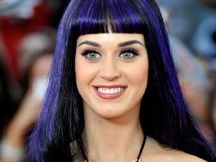 Katy-Perry-svel16216-piacenza.jpg
