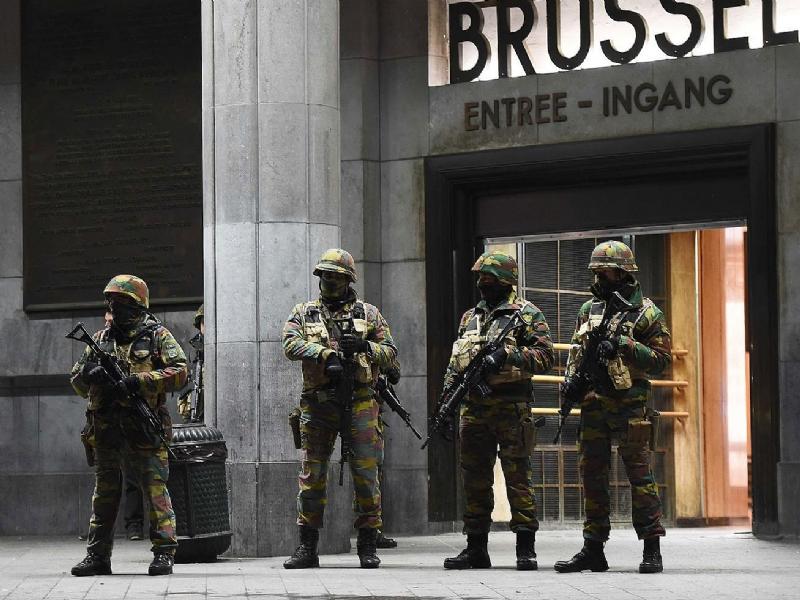 Terrorismo-Due17073-piacenza.jpg