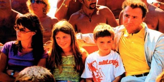 """Poster del film """"Nudisti per caso"""""""