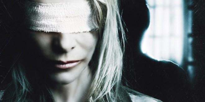 """Poster del film """"Con gli occhi dell'assassino"""""""