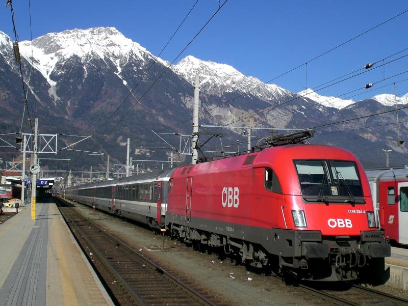 Austria-Uomo-a17719-piacenza.jpg