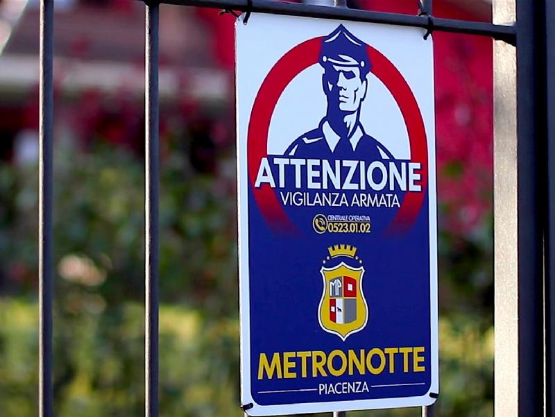 Metronotte-Lad17214-piacenza.jpg