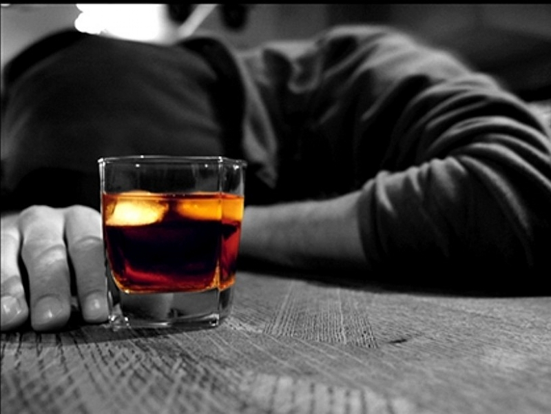 Ubriaco-litiga-17165-piacenza.jpg