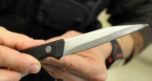 Ubriaco in un locale minaccia una coppia con un coltello. Scatta la denuncia per un 25enne
