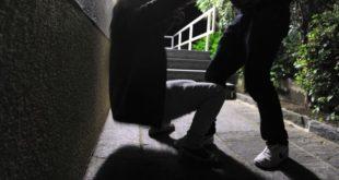 Piazzale Marconi. Sedicenne accerchiato e rapinato da un gruppo di sconosciuti