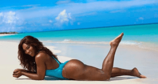Serena Williams topless. La tennista svela il fisico scolpito in bikini