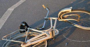 Riva di Ponte dell'Olio. Ciclista investita da un'automobile, è in gravi condizioni