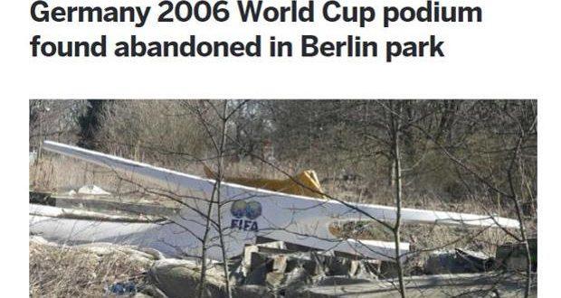 Il podio dei Mondiali 2006 abbandonato in un parco di Berlino