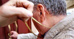 Ponte dell'Olio. 93enne derubato della catena d'oro in pieno giorno
