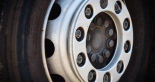 Camion rubato a San Nicolò scoperto alla Croce Grossa. Era parcheggiato da giorni