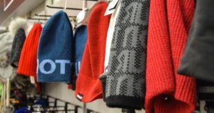 Furto e ricettazione di capi di abbigliamento griffati. Sottratte merci per oltre 3 milioni di euro
