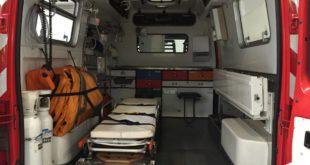 Incidente in Via Boselli. Auto ribaltata in mezzo alla carreggiata