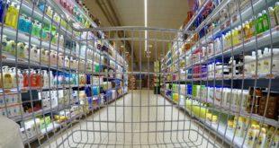 Etichette dei prodotti scambiate per risparmiare. Denunciati due minorenni