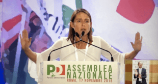 """Ritiratevi tutti"". Katia Tarasconi attacca i vertici del PD all'assemblea. Il video integrale"