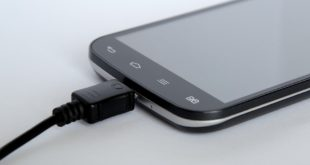 Cellulari in carica ogni due settimane grazie alle batterie al fluoruro