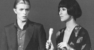 """Stardust. Il film su David Bowie… senza la musica dell'artista. """"Non ha la benedizione dei famigliari"""""""