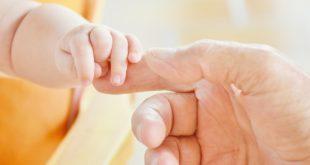 Harry e Meghan danno il benvenuto al nuovo Royal Baby: si chiama Archie