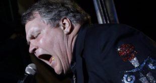 Meat Loaf torna a cantare sul palcoscenico a due anni dall'ultima esibizione