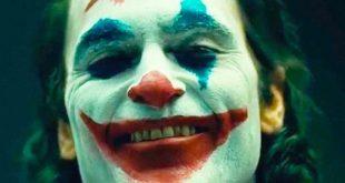 """Joker """"troppo violento"""", il governo Usa corre ai ripari. Ma il regista risponde: """"Perché Joker sì e John Wick no?"""""""