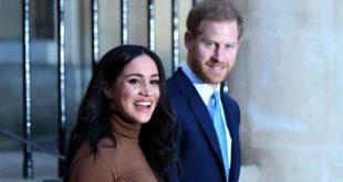 """Harry e Meghan rinunciano allo status di reali """"senior"""". Entro pochi giorni la decisione sul loro futuro"""