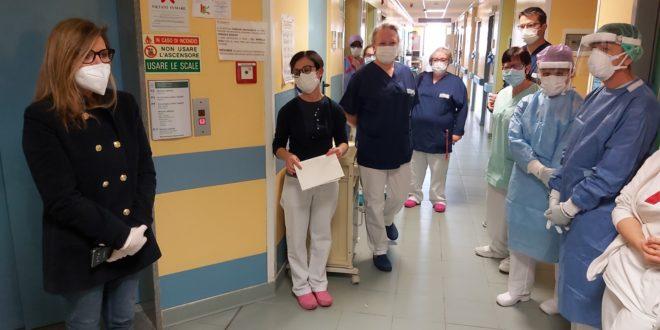 Il sindaco Patrizia Barbieri in visita all'Ospedale di Piacenza